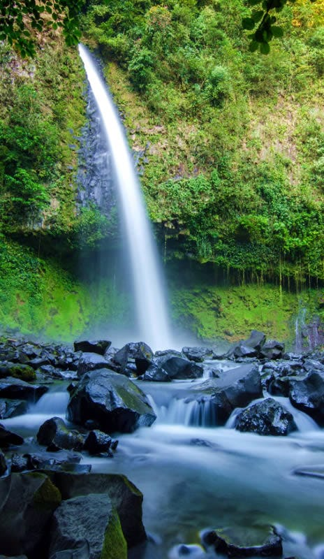 La Fortuna Waterfall Photo